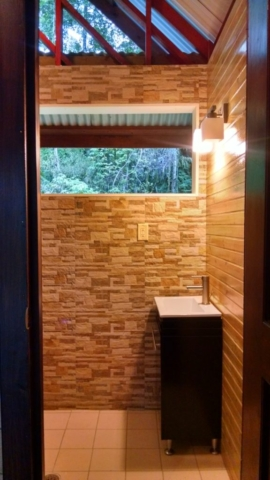 Photo of Tree Cabin bathroom